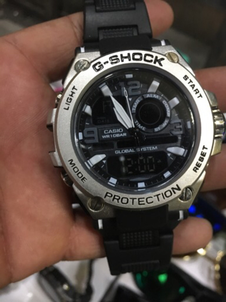 Used Watch and glasses offer price  in Dubai, UAE