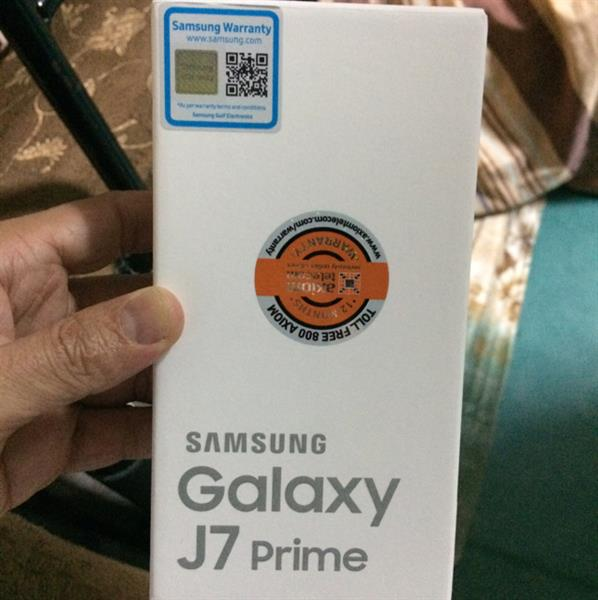 Used Samsung J 7 Mobile. With Axiom Warranty. Brand New. Sealed Pack. 16 Gb Golden.   in Dubai, UAE