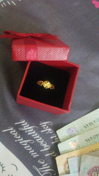 Used 22k ring  pure gold with receipt in Dubai, UAE