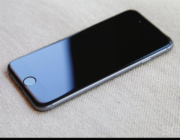 Used Iphone 6 Used For 12 Months In Good Conditions  in Dubai, UAE