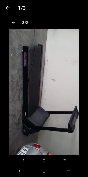 Used Universal treadmill in Dubai, UAE