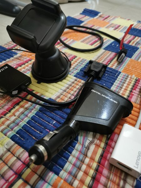 Used Cables and phone holder in Dubai, UAE