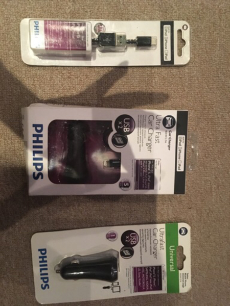 Used iphone charger and charging cable set  in Dubai, UAE