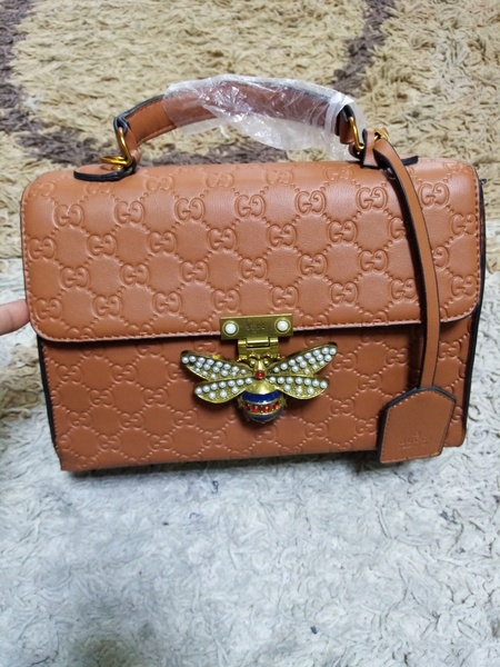 Used Gucci brown sling bag in Dubai, UAE