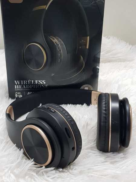 Used Headphone very good new a in Dubai, UAE