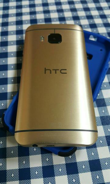 Used HTC ONE M9 32GB with New SHOCK PROOF CASE- No other Accessories in Dubai, UAE