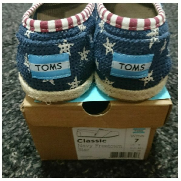 Used New Toms Slip-on Sneakers ❤ Size 7US in Dubai, UAE