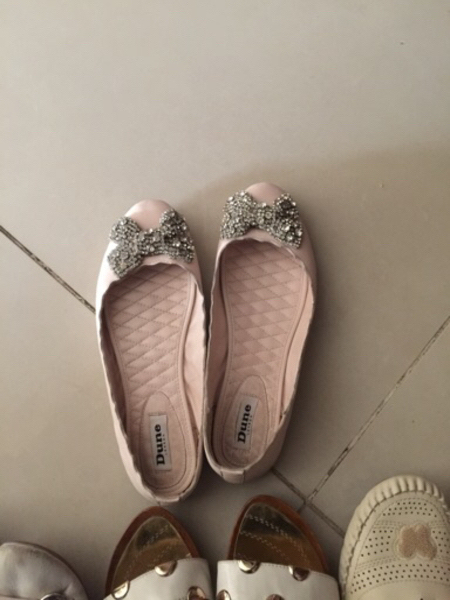 Used 4 pcs of Shoes Preloved  in Dubai, UAE