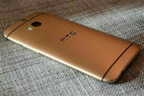 Used Htc M7 Used Very Lightly only 2 Month Use in Dubai, UAE