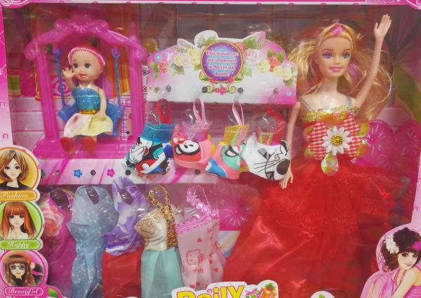 Used New Gift Set Of 2 Dolls With Clothing. in Dubai, UAE