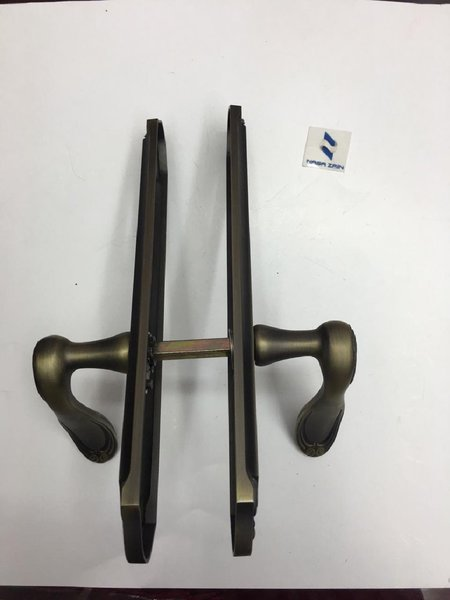 Used Door handle zinc - heavy duty in Dubai, UAE