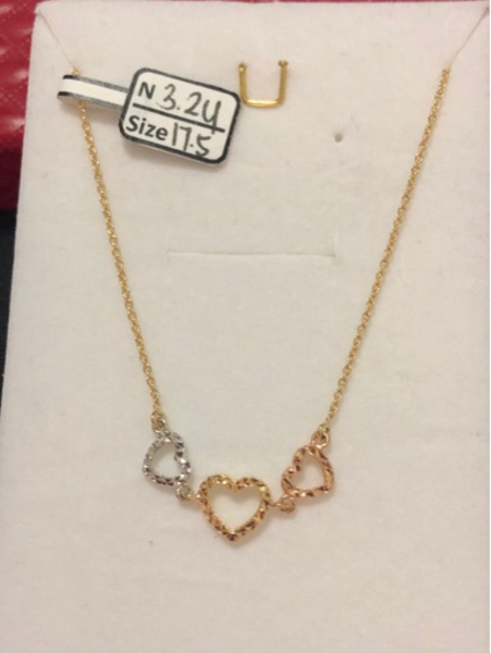 Used Necklaces tricolor with 3.24 grams in Dubai, UAE