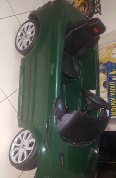 Range Rover kids  Rechargeable car
