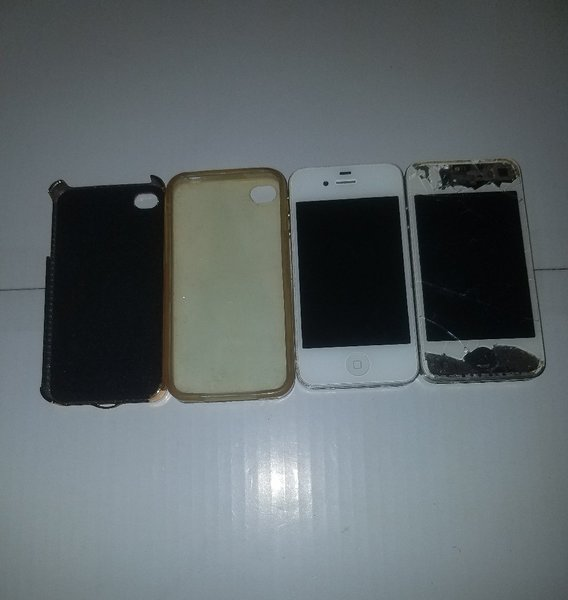 Used 2 dead iPhone 4 but the part can useful in Dubai, UAE