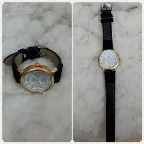 Used Watch golden with black color in Dubai, UAE