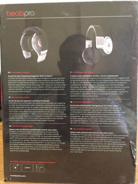 Used BRAND NEW SEALED BEATS PRO  in Dubai, UAE