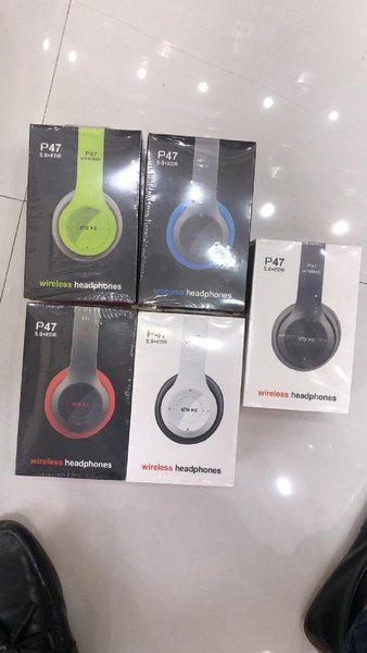 Used P47 WIRELESS HEADPHONES 🎧🎧offer  now in Dubai, UAE