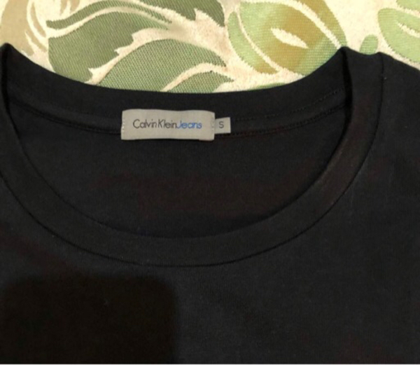 Used Authentic Calvin Klein Tshirt new in Dubai, UAE