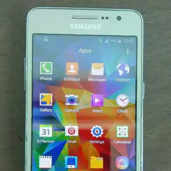 Used Samsung Galaxy Grand Prime With cherger Good Condition in Dubai, UAE