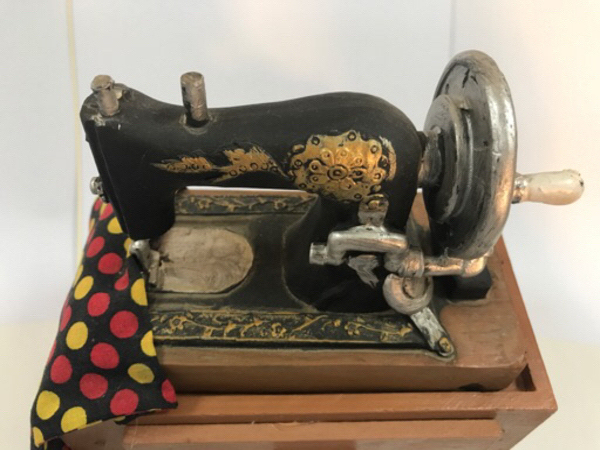 Used Mini Vintage Sewing Machine Miniature in Dubai, UAE
