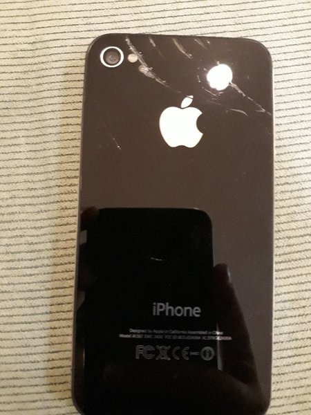 Used Iphone 4s 16 GP you have to do itouns in Dubai, UAE