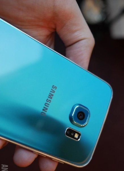 Samsung S6: BLUE ! BUY Now! Brand NEW !!