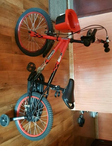 Used Bicycle for boy 10 years in Dubai, UAE