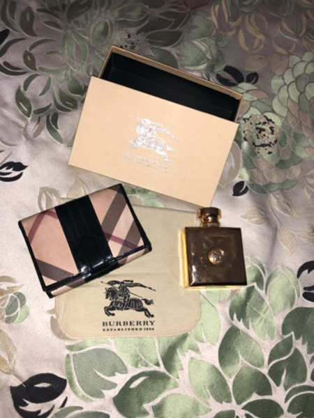 Used Burberry authentic wallet  in Dubai, UAE