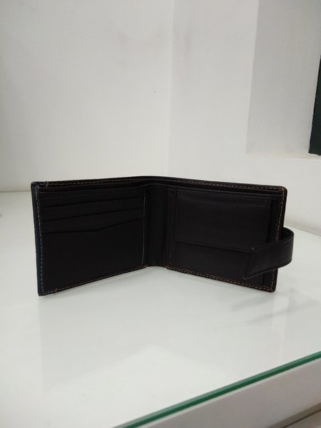 Used 100 %Leather Wallet, Brand New, in Dubai, UAE