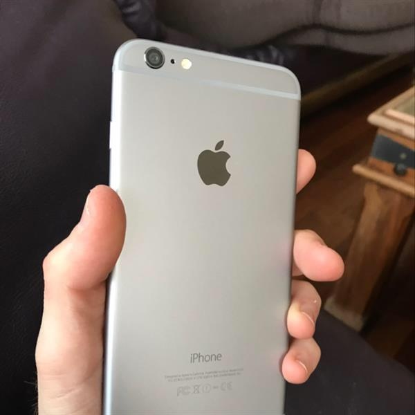 Used IPhone 6 Plus 128 GB - Excellent Condition in Dubai, UAE