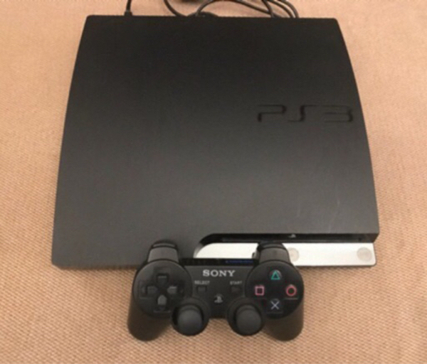 Used Sony Ps3 with 1 Controller , 21 Games  in Dubai, UAE