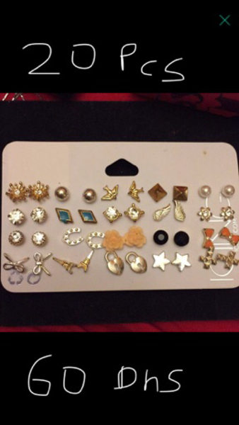 Used 20pcs earnings hypoallergenic all new  in Dubai, UAE