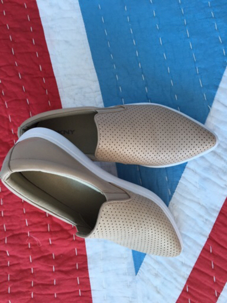 Used DKNY shoes -never worn - size 37.5 in Dubai, UAE
