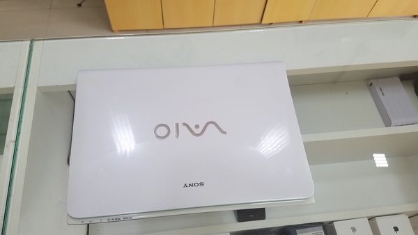 Used Sony VIAO with DEDICATED Graphics in Dubai, UAE