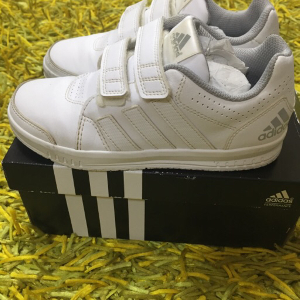Used Adidas Shoes for Kids in Dubai, UAE