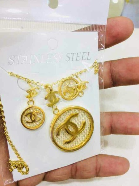 Used Channel branded set penden,earing &chain in Dubai, UAE