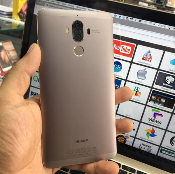 Huawei Mate 9 Gold (4GB Ram 32GB Rom Dual Camera On Rear, 8 MP Front Cam)