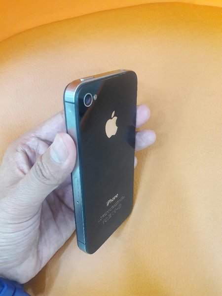 Used iPhone 4s 16GB Black (Used) Flash Sale ! in Dubai, UAE