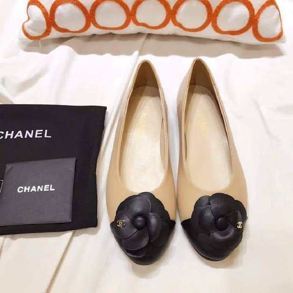 Used Chanel flats in Dubai, UAE