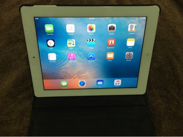 Used iPad 2-Apple - 64Gb in Dubai, UAE