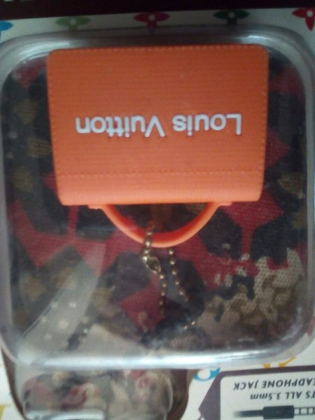 Used Louls vultton mobile headphone jack plug in Dubai, UAE