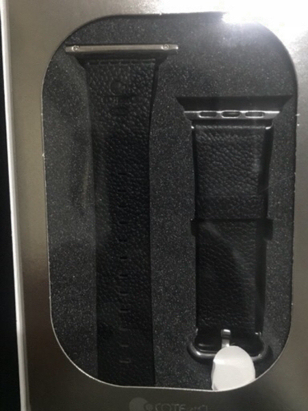 Used APPLE WATCH BAND  in Dubai, UAE