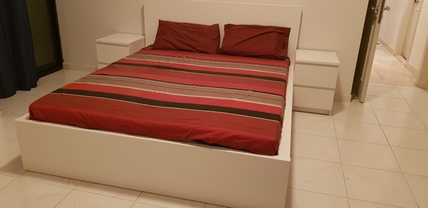 Used Double  beds in Dubai, UAE
