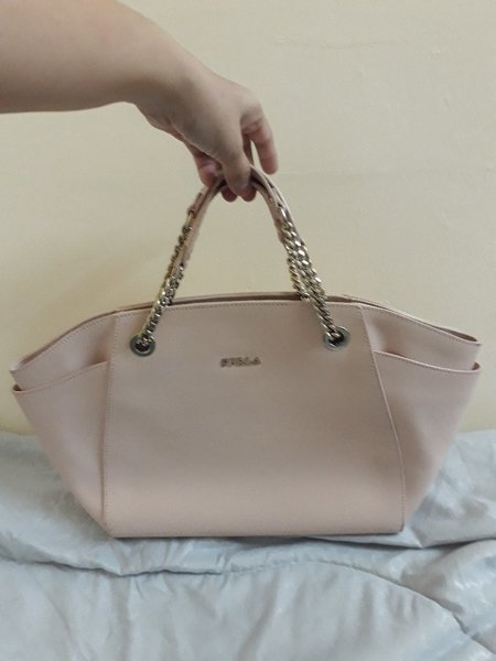 Used Furla bag authentic in Dubai, UAE