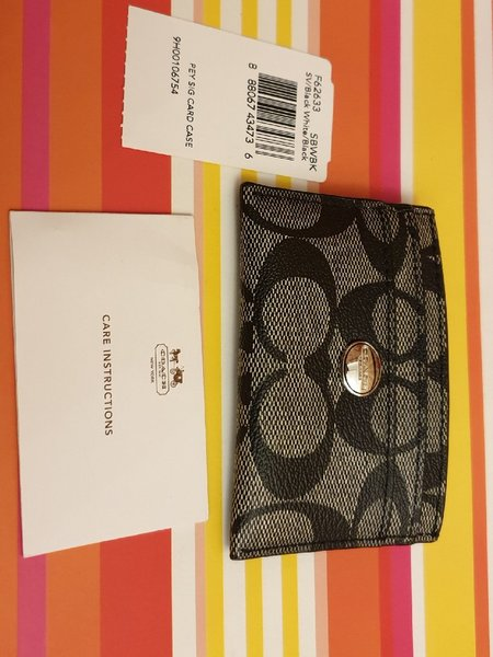Used coach card case black authantic in Dubai, UAE