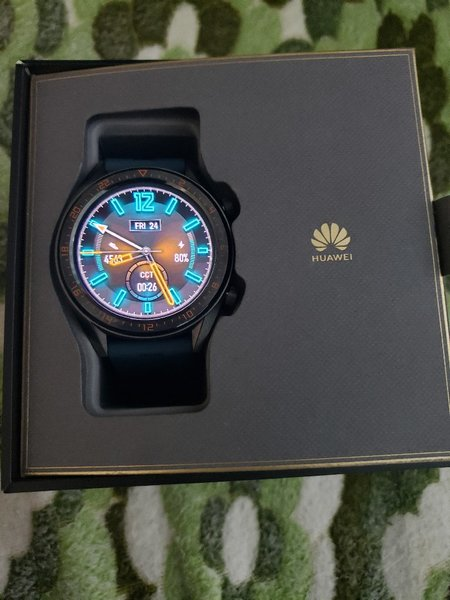 Used Huawei watch GT for exchange to laptop in Dubai, UAE