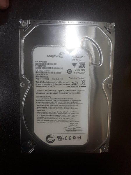 Used Seagate hard drive 320 GB for desktop in Dubai, UAE