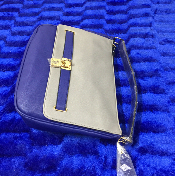 Used US Polo Shoulder Bag New Never Use Still Attached Tag in Dubai, UAE