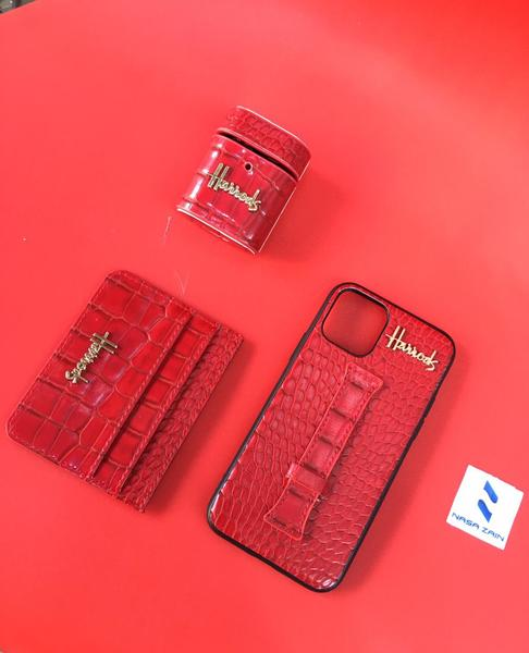Used Phone case+ earpod case + wallet in Dubai, UAE