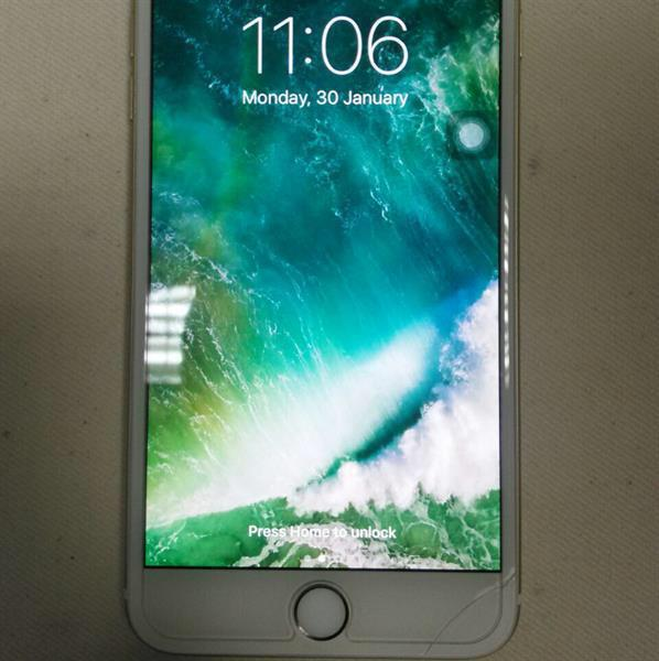Used IPhone 6 plus 64.GB Gold in Dubai, UAE